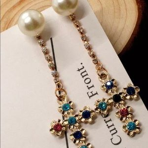 Betsey Johnson Crystal Pearl across Earrings